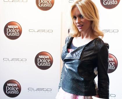 Justine Mattera top giacca custo barcelona