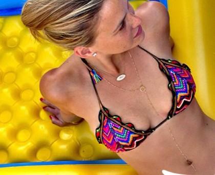 Bar Refaeli bikini AguaBendida West