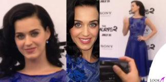 Katy Perry abito TadashiShoji scarpe PedroGarcia orecchini Swarovski