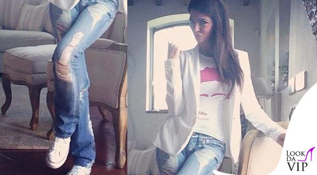 Laura Torrisi tshirt Tee4Two Frida scarpe Converse