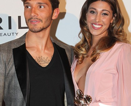Belen Rodriguez abito DanieleCarlotta borsa Valentino Stefano De Martino giacca Chiussi