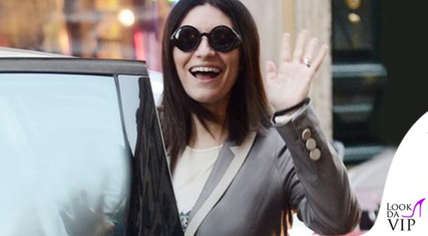 Laura Pausini occhiali Giorgio Armani