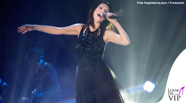Laura Pausini tour abiti Armani 2
