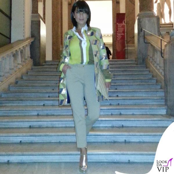 Ana Laura Ribas giacca camicia pantalone BeatriceB