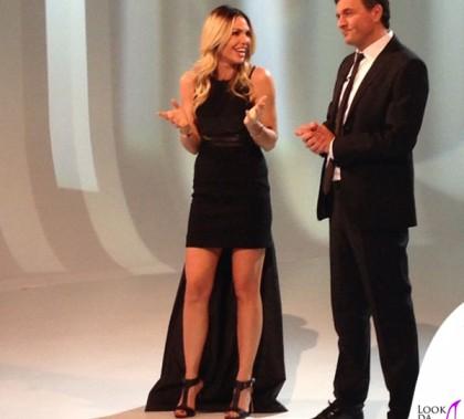Ilary Blasi abito Michael Kors sandali Le Silla gioielli Cartier