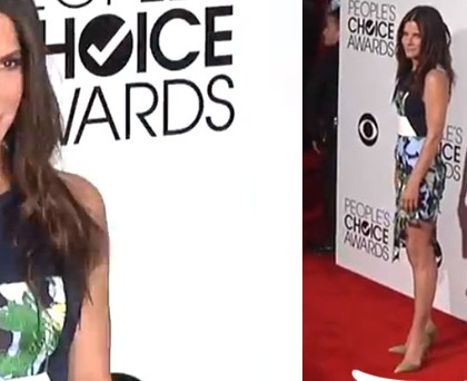 Sandra Bullock abito Peter Pilotto scarpe Kurt Geiger borsa Jimmy Choo
