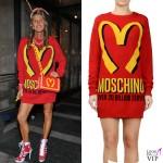 Anna Dello Russo abito borsa cover Moschino Milano Fashion Week