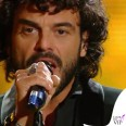 Francesco Renga Sanremo 2014 terza serata total Roberto Cavalli