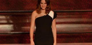 Kasia Smutniak Sanremo 2014 total Fendi