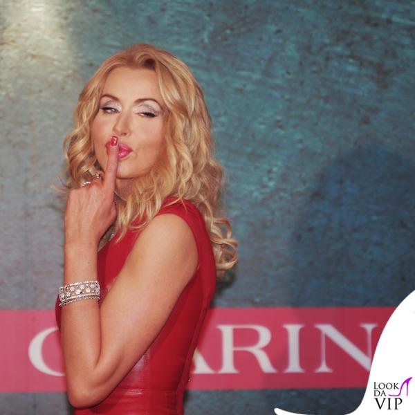Valeria Marini Sanremo abito Seduzioni Diamonds 2