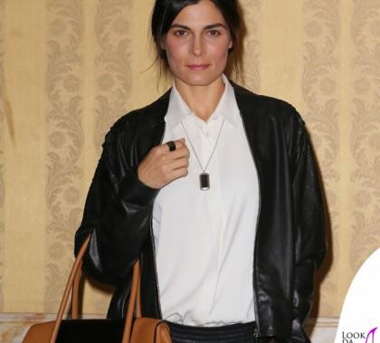 Valeria Solarino conferenza Smetto Quando Voglio total look Trussardi