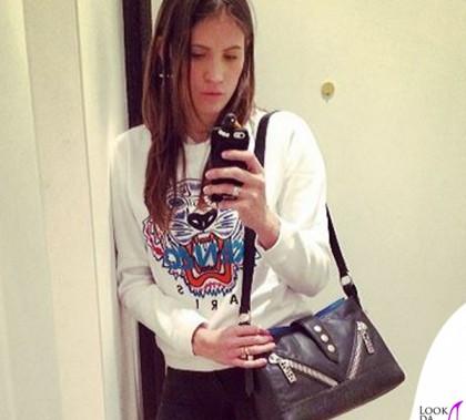 Carolina Marcialis felpa Kenzo borsa Kalifornia Kenzo sneakers Kenzo