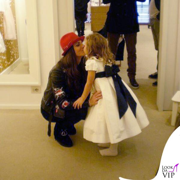 Cristina De Pin chiodo e stivali Mia Bag cappello Borsalino borsa Sicily Dolce&Gabbana
