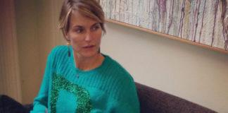 Ellen Hidding maglia Pinko borsa Coccinelle
