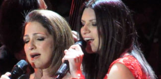 Laura Pausini Gloria Esteban Madison Square Garden New York abito Armani