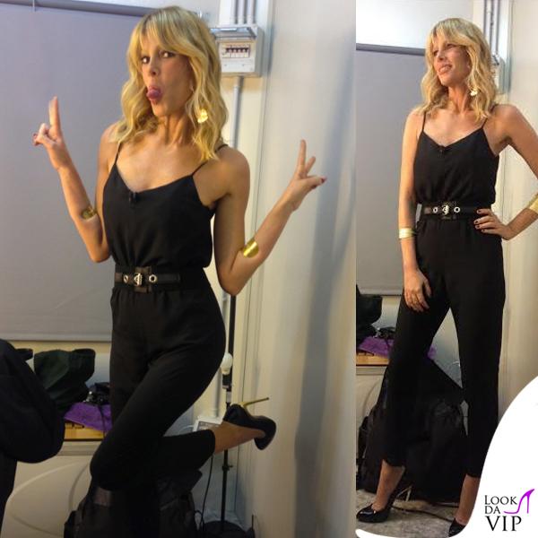 Alessia Marcuzzi abito Topshop scarpe Zanotti gioielli Stroili