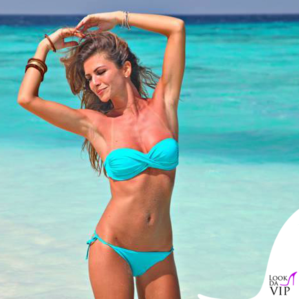 Alessia Ventura Alessia Reato bikini Yamamay celeste 2