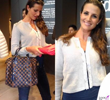 Cristina De Pin cardigan Pinko borsa Louis Vuitton Speedy occhiali Ray-Ban Aviator 3