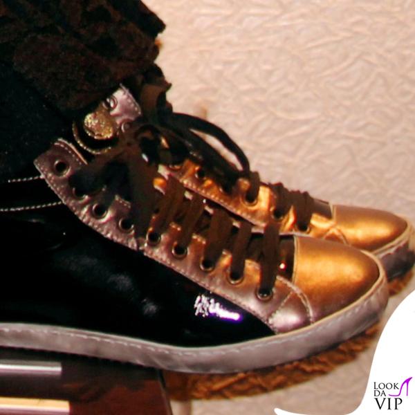 Cristina D'Avena scarpe My Heart Shoes collana Valentino 3