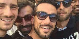 Leonardo Bonucci Andrea Pirlo Fabio Quagliarella Claudio Marchisio Juventus t-shirt campioni d'italia 13-14