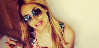 Ilary Blasi vestito Mia Bag occhiali Ray-Ban