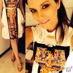 Laura Pausini The Voice abito Alberta Ferretti scarpe O Jour collana Liat Ginzburg