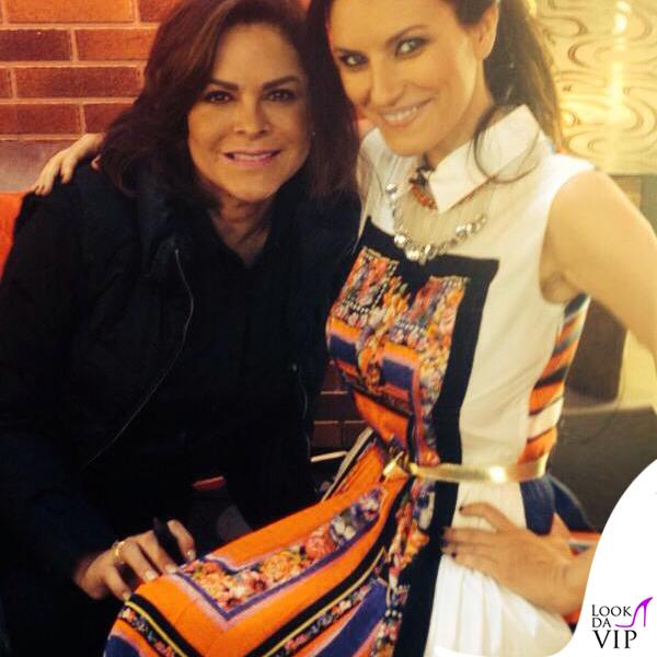 Laura Pausini The Voice abito Alberta Ferretti scarpe O Jour collana Liat Ginzburg 4