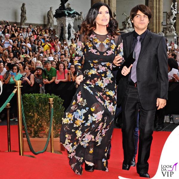 Celebrity Fight Night Firenze Laura Pausini abito Ermanno Scervino Paolo Carta