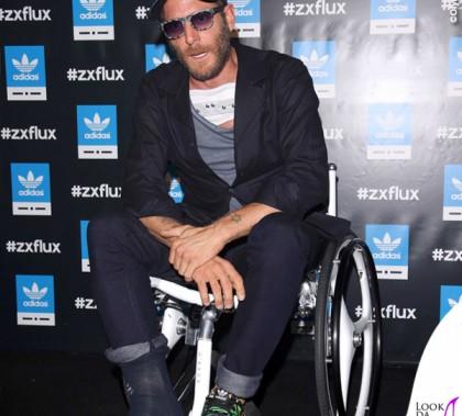 Lapo Elkan MFW Adidas Originals per Italia Indipendent carrozzina Italia Independent