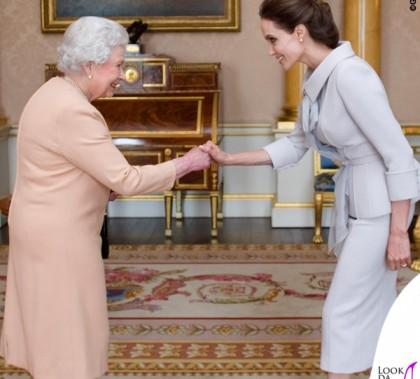 Regina Elisabetta Angelina Jolie giacca gonna Ralph & Russo scarpe Salvatore Ferragamo