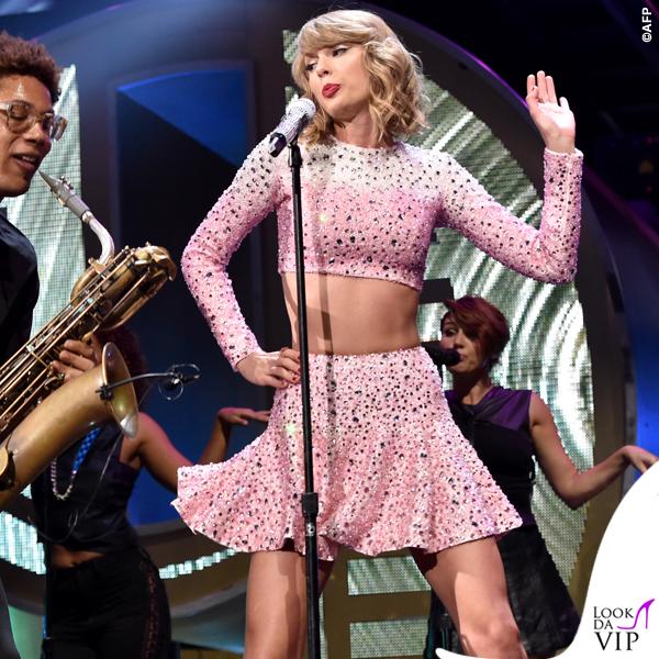 Taylor Swift total Jessica Jones 3
