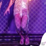 Conchita Wurst Crazy Horse abito Jean Paul Gaultier scarpe Louboutin 9