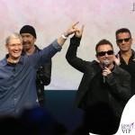 Flint Center for Performing Arts U2 Bono Vox occhiali Maui Jim Dorado 2