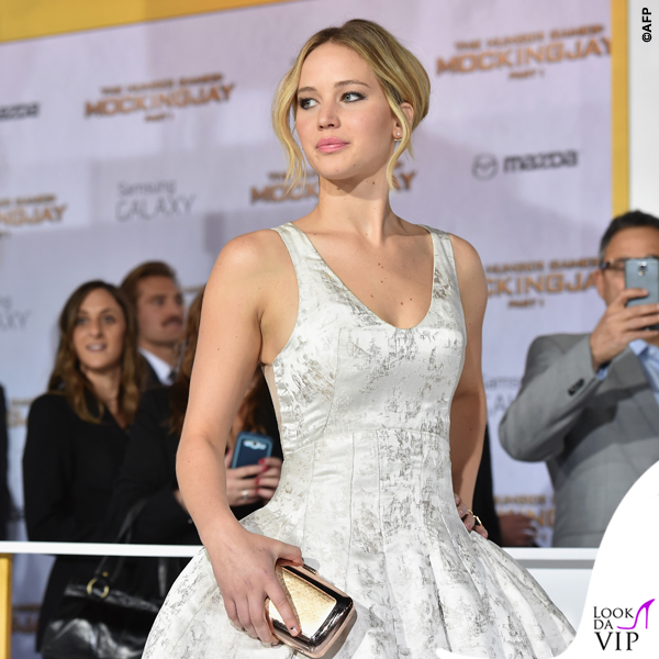 Jennifer Lawrence Hunger Games abito Dior scarpe Aquazzurra gioielli Anita Ko Vita Fede clutch Roger Vivier
