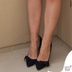 Katie Holmes Miss Meadows gonna tartan Yves Saint Laurent scarpe Isabel Marant 6