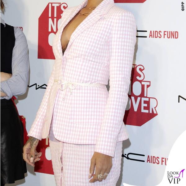 Rihanna It's Not Over premiere tailleur scarpe Altuzarra 2