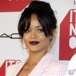 Rihanna It's Not Over premiere tailleur scarpe Altuzarra 3