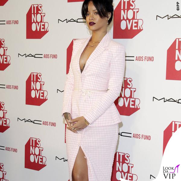 Rihanna It's Not Over premiere tailleur scarpe Altuzarra 7