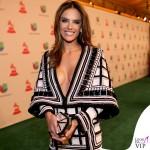 Alessandra Ambrosio Latin Grammy abito Balmain 2
