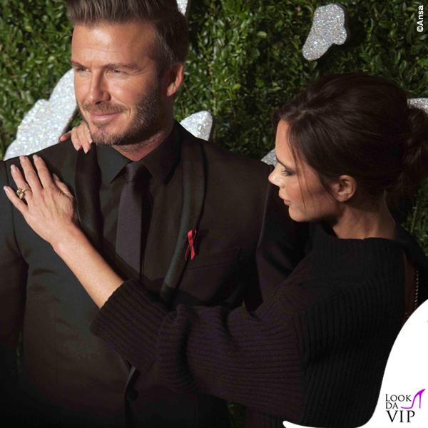 British Fashion Awards David Beckham abito Dior Victoria Beckham maglione gonna Victoria Beckham scarpe Manolo Blanik 2