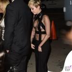 Miley Cyrus amfAR Inspiration Gala Hollywood abito Tom Ford 4