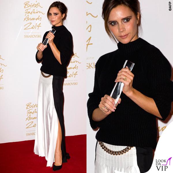 Victoria Beckham British Fashion Awards maglione gonna Victoria Beckham scarpe Manolo Blanik 7