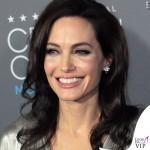 Angelina Jolie Critics' Choice Awards abito Atelier Versace 2