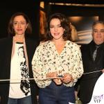 Claudia Gerini Romasposa camicia jeans Hebe Studio 3