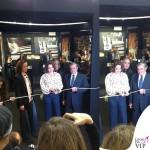 Claudia Gerini Romasposa camicia jeans Hebe Studio 4
