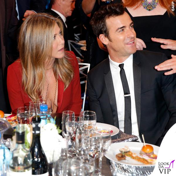 Jennifer Aniston Critics' Choice Awards tailleur Gucci Justin Theroux 5