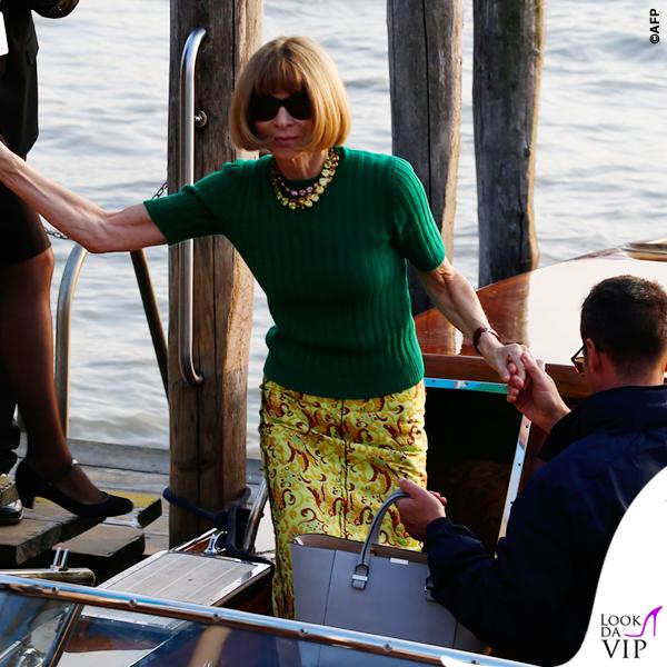 Anna Wintour borsa Victoria Beckham scarpe Manolo Blahnik Venezia Clooney Wedding 2