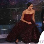 Sanremo 2015 1 serata Rocio Munoz Morales abito Giorgio Armani Privé