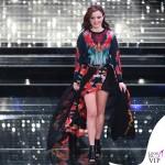 Sanremo 2015 5 serata Annalisa Scarrone abito Roberto Cavalli 5
