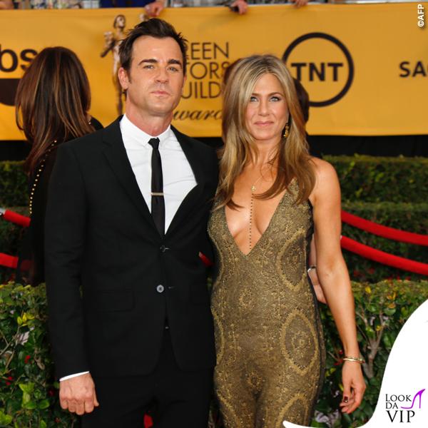 Screen Actors Guild Awards Justin Theroux Jennifer Aniston abito John Galliano collana Amrit 3